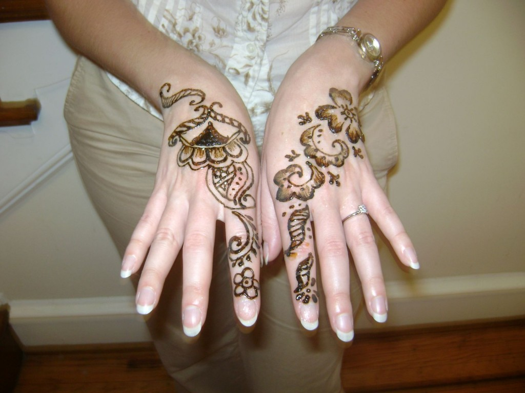 Pakistani bridal mehndi designs for hands - photo#12