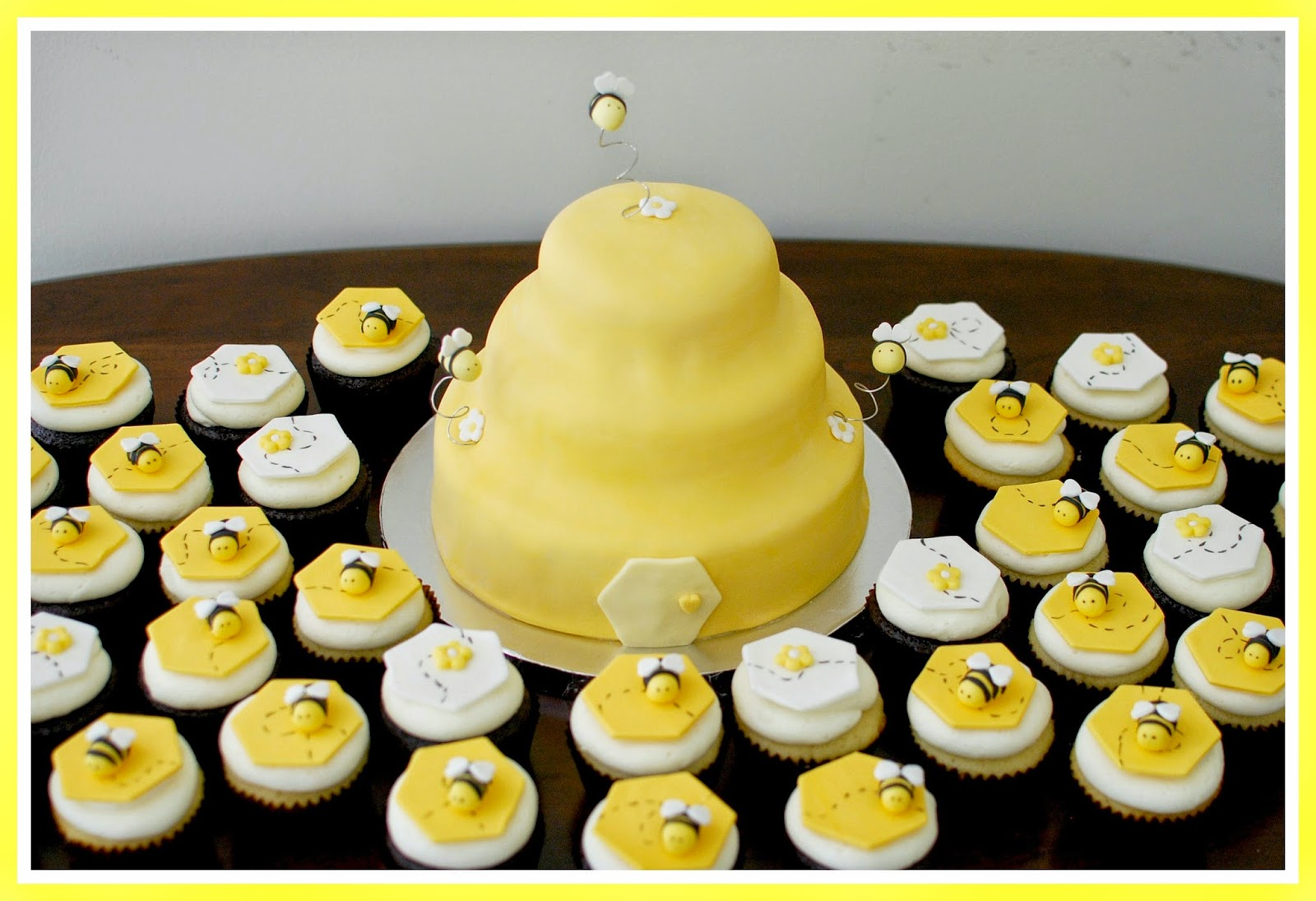 Bumble Bee Baby Shower Cake Cupcakes