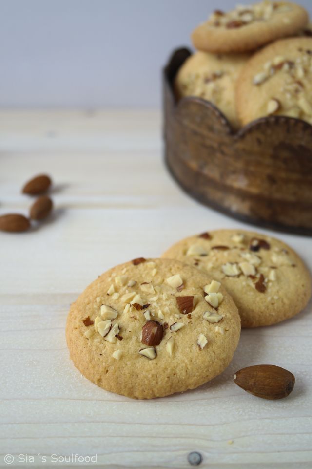 Mandel Cookies