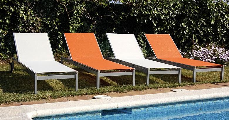 Muebles y novedades por la decoradora experta muebles for Hamacas de piscina