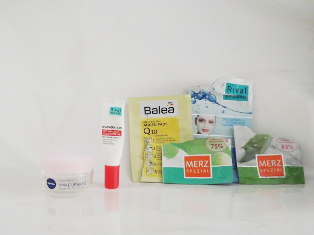 Nivea aqua effekt Make-up Basis Pflegende Gel-Creme Rival de Loop Regeneration Reichhaltige Augencreme Balea Anti-Falten Augen Pads Q10 Rival de Loop Aqua Tuchmaske Merz Spezial Anti-Falten Maske Merz Spezial Feuchtigkeitsmaske