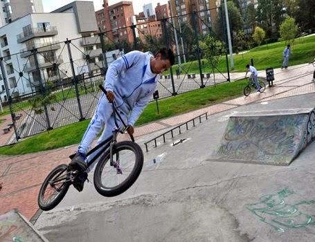 BMX Al colegio
