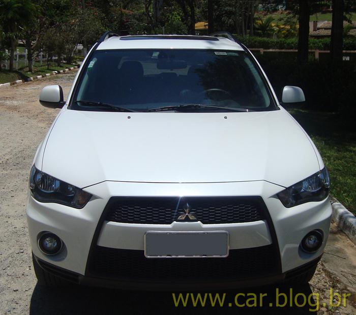Mitsubishi Outlander 2.0L 2012 - branco pérola