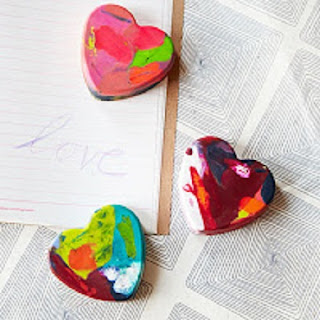 Crayones Reciclados en Forma de Corazon, Ideas Ecoresponsables para San Valentín, Dia de los Enamorados