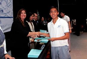 Acude regidora Nelly Reyes a graduación de alumnos de la Oficial B
