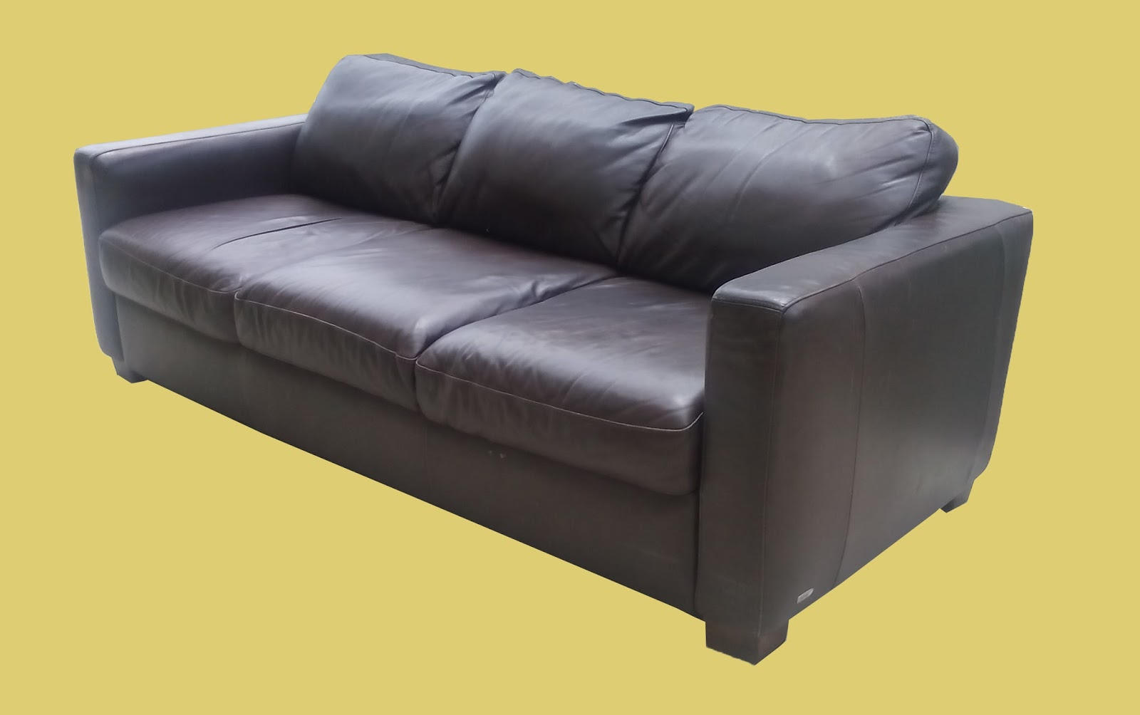 Uhuru Furniture Collectibles Leather Sofa By Italsofa 295 Sold