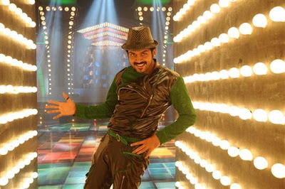 Alex Pandian song - Karthi still