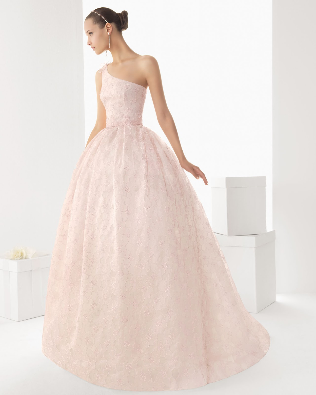 Wunderbar Brautkleider In Ri Zeitgenössisch - Hochzeit Kleid Stile ...
