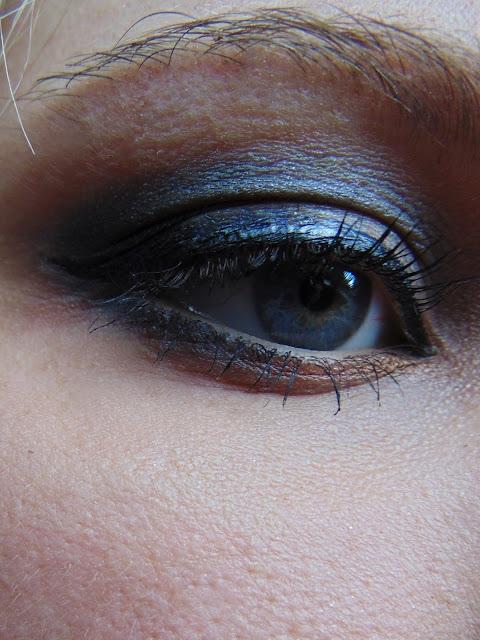 7 days 7 palettes MUA eyeshadow palette undressed
