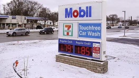 La gasolina para la trenza la calma