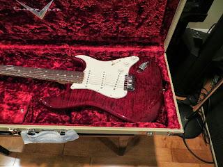 Fender CS Custom Deluxe Strat, Bing Cherry Flame maple