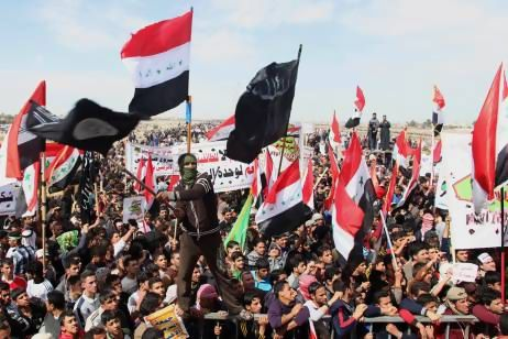 MUSINGS ON IRAQ: Iraq's Protest Movement Splits Over ...