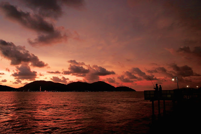 permandangan cantik di rockbund fishing chalet, tempat percutian menarik di perak, lumut, marina island, cuti-cuti di perak,