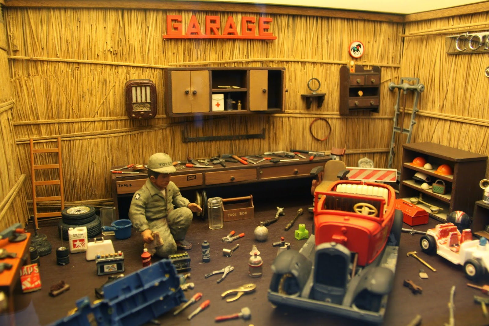 Garage: Miniature Museum
