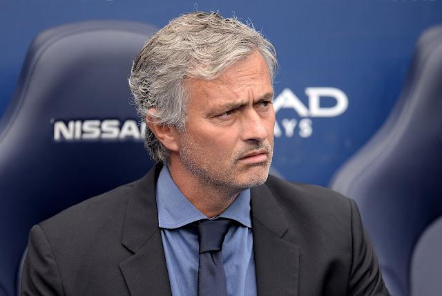 Depois de se envolver em polêmica com a médica do clube, Mourinho atacou publicamente alguns de seus atletas (Foto: Oli Scarff/AFP)
