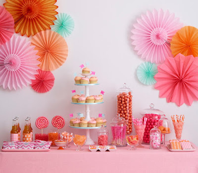 pink wedding candy buffet
