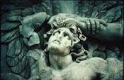 Detall altar de Zeus