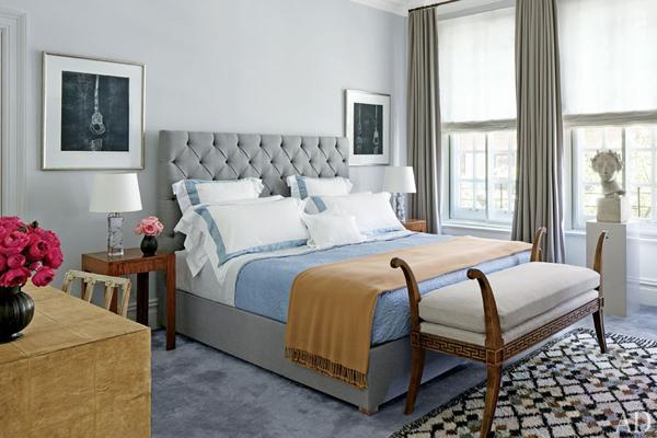 Designed by carlos aparicio the originally three bedroom apartment is not clean and elegant but not minimalist
