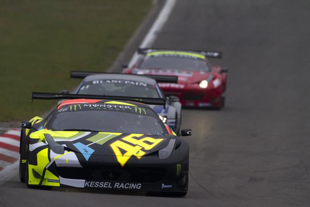 Speedmonkey Valentino Rossi Goes Motor Racing In A Ferrari 458 Italia