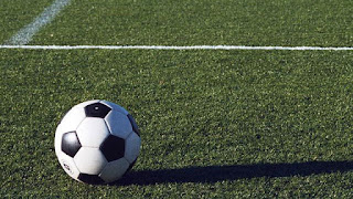 http://www.kxly.com/image/view/-/1419490/highRes/2/-/maxh/640/maxw/640/-/pwu7yj/-/soccer-ball-on-grass-field-jpg.jpg
