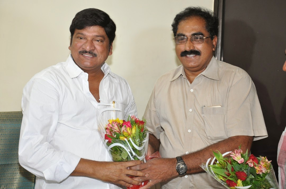 Maa President Rajendra Prasad Felicated by Tammineni and Others-HQ-Photo-9
