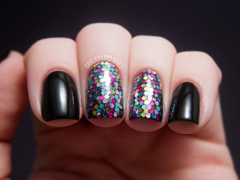 31DC2012: Day 17, Glitter | Chalkboard Nails | Nail Art Blog