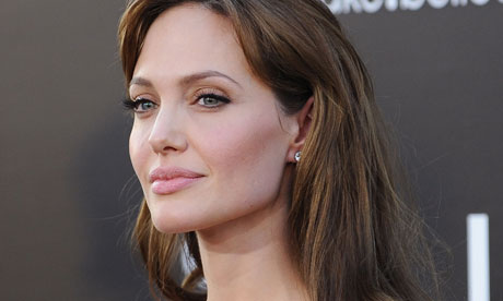 Angelina Jolie's Doctor Blogs Details of Double Mastectomy