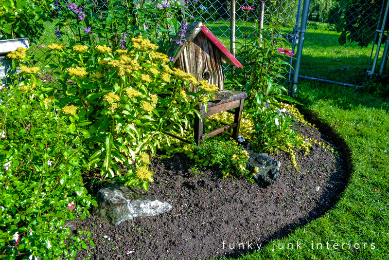 How to edge flowerbeds like a pro via funky junk - How to landscape a flower bed ...