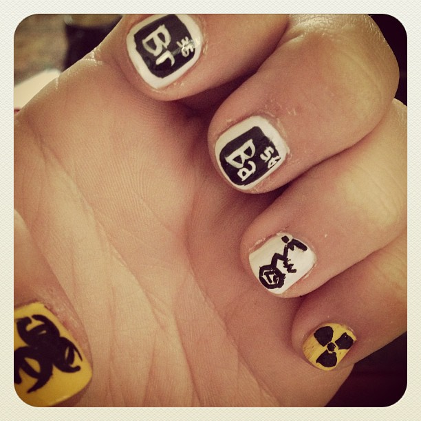Confessions Of A Saucy Square: Breaking Bad Nails
