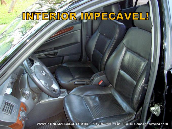Chevrolet Vectra Elite 2.4 flex preto - interior em couro