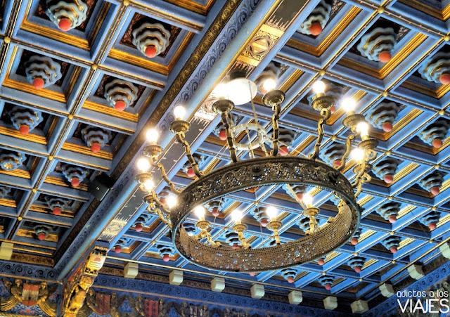 Artesonado del Saló Blau, Palau Maricel, Sitges