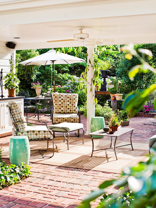 Patio Decorating Tips For Summer 2013 | Furniture Design Ideas