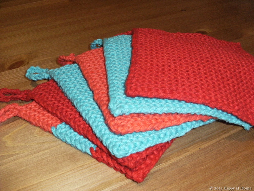Happy at Home: Knitting: Easy Potholder Pattern