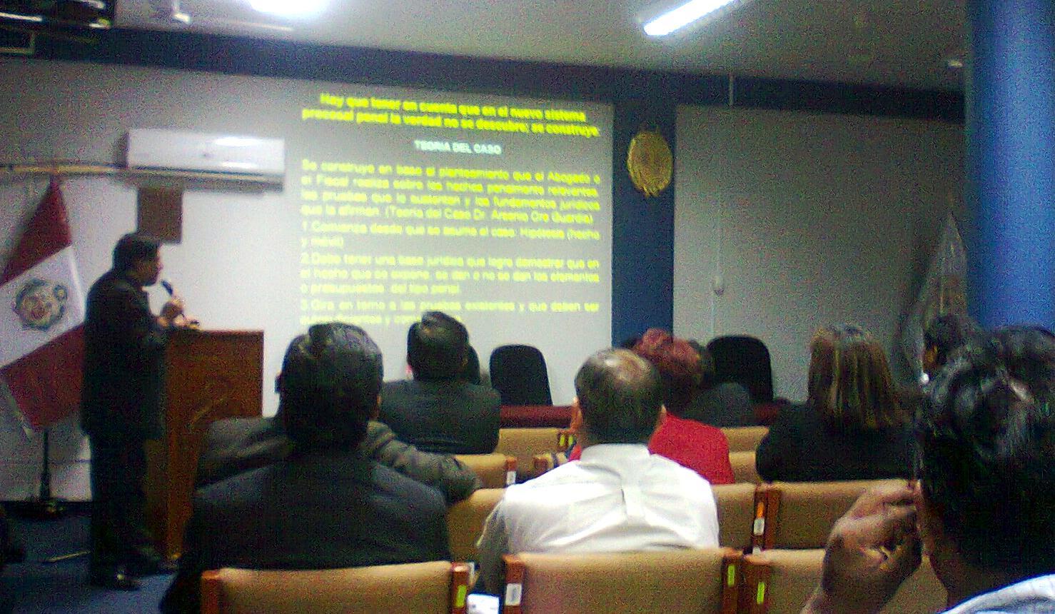Limasurnoticias ministerio p blico y polic a nacional realizan taller sobre investigaci n del for Ministerio policia nacional