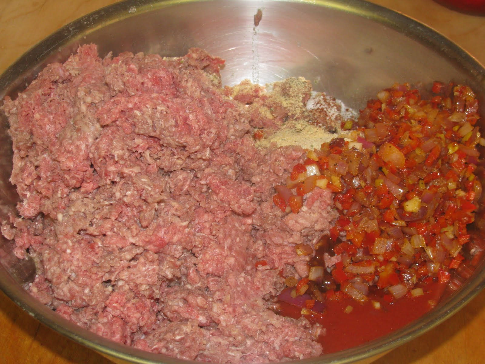 how to make meatloaf with sausage mince