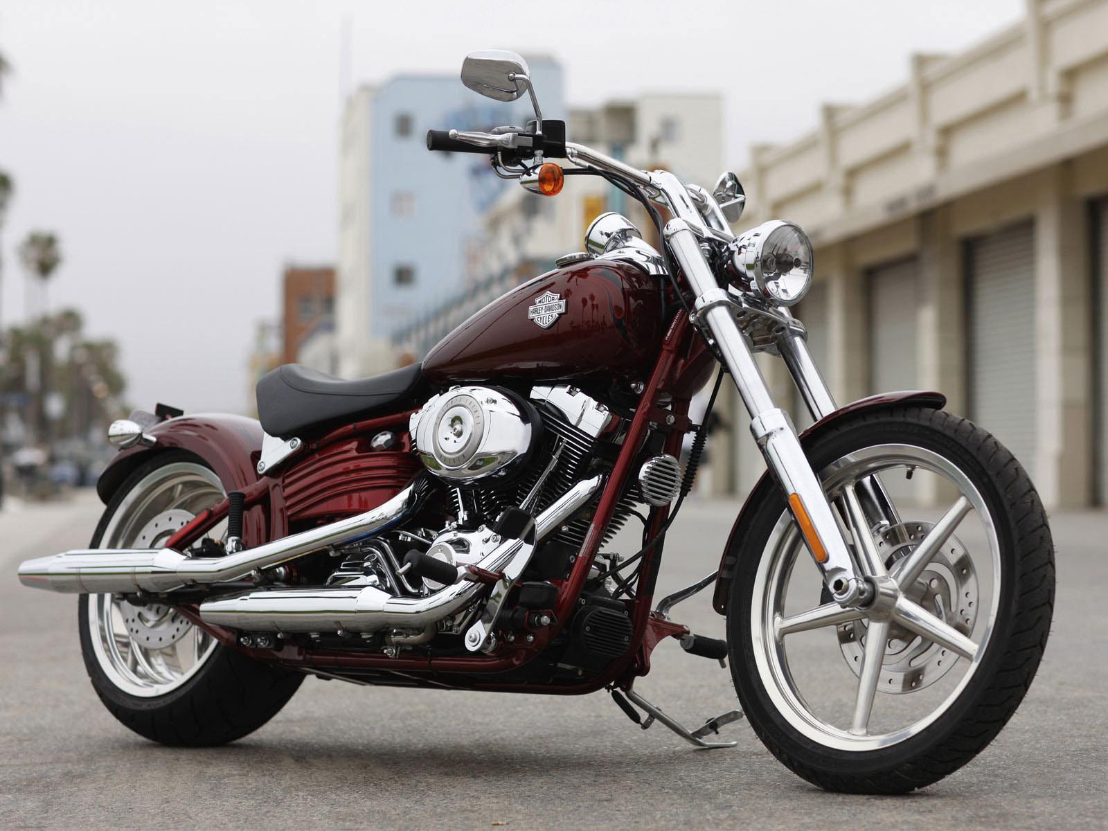 Harley Davidson FXCWC Softail Rocker Motorcycle