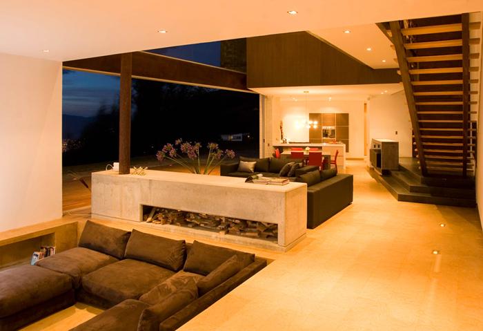 Casas minimalistas y modernas casa minimalista en colombia for Casa minimalista bosque