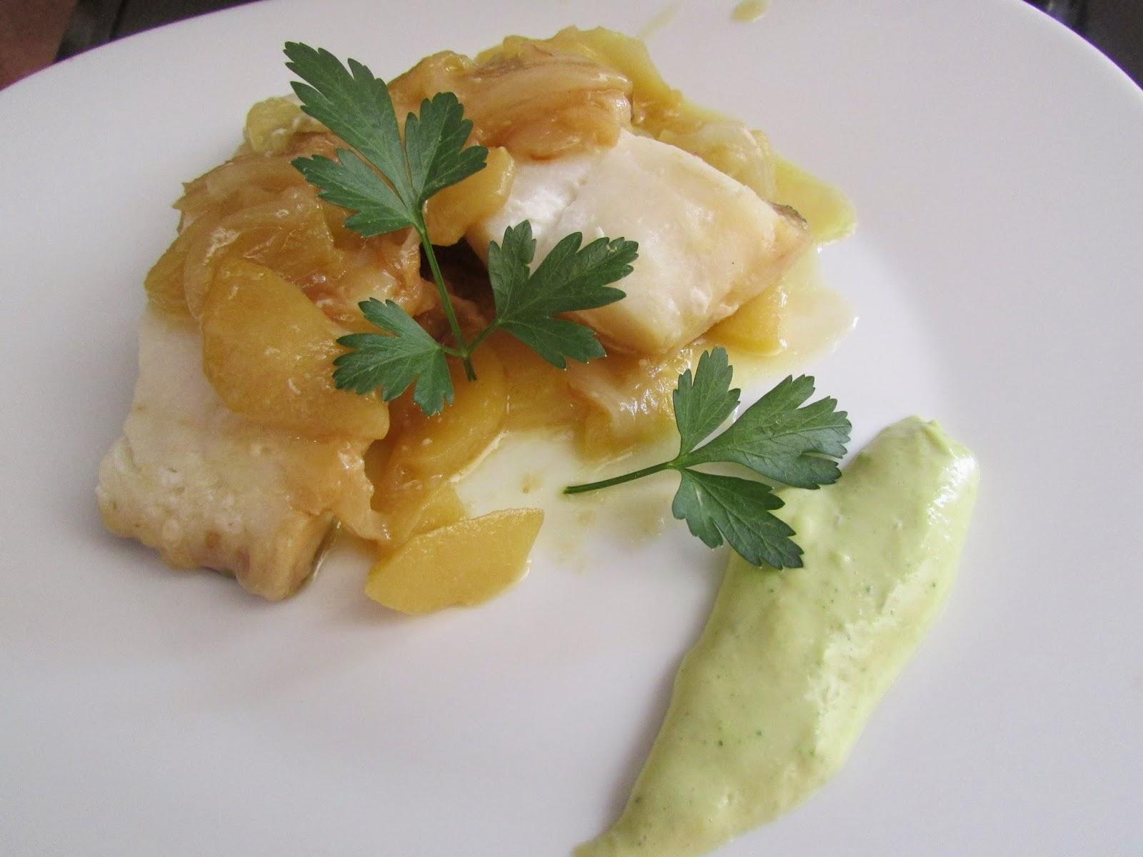 Con2sabor bacalao con cebolla manzana y alioli de perejil - Cocinar bacalao congelado ...
