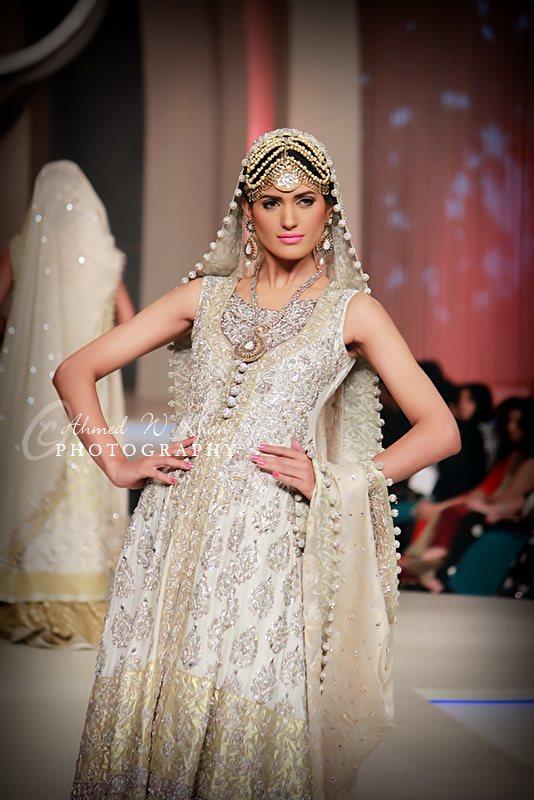 bridal-dress-2013-{4}