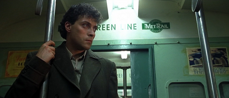 Rufus Sewell Dark City 1998 movieloversreviews.blogspot.com
