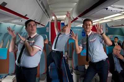 los amantes pasajeros música i´m so excited film Almodóvar coreografía azafatos