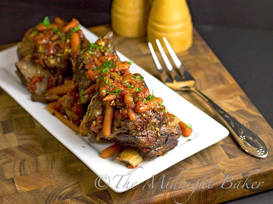 Slow Cooker Braised Short Ribs #SlowCooker #CrockPot #ShortRibs #ShortRibRecipe