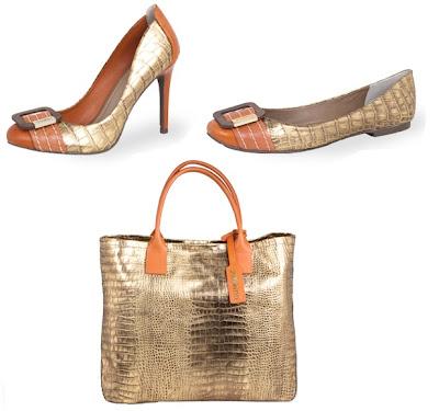 Sapatos e bolsas metalizadas vendidos na Dumond. A marca também aposta nesta tendência.