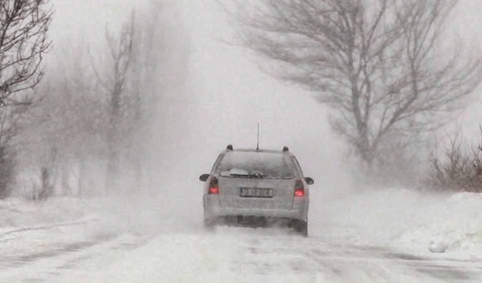 Románia, közlekedés, Székelyföld, Hargita megye, havazás, útlezárás,