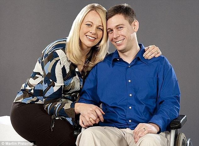 Martin Pistorius și soția lui