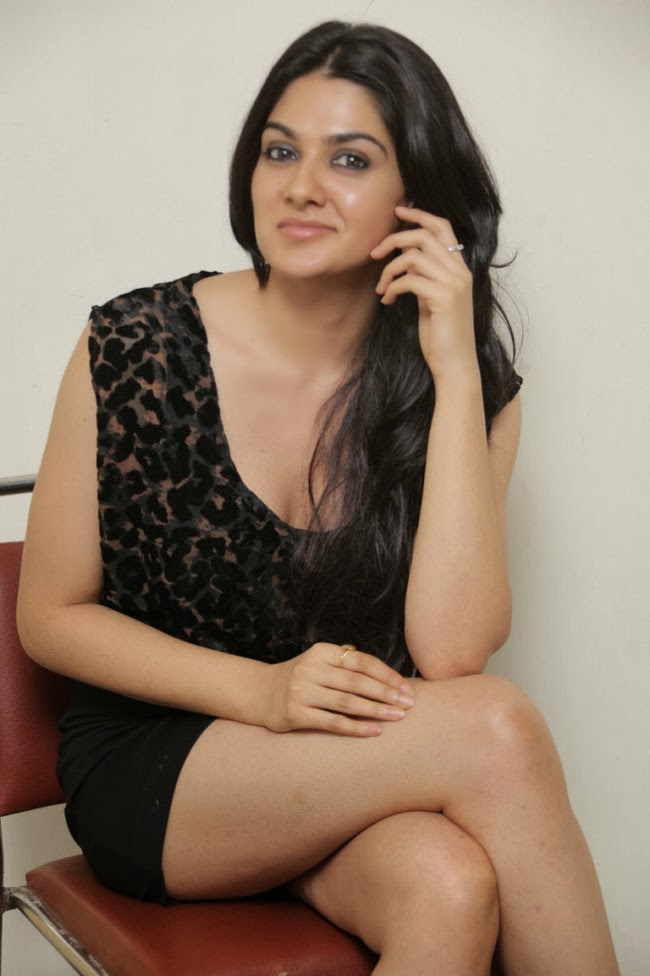 New Actress Nangi Photo Sexy Girls