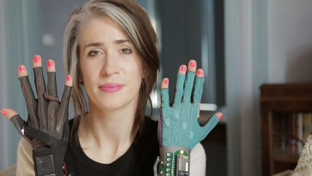 http://www.upsocl.com/cultura-y-entretencion/estos-guantes-cambiaran-la-forma-en-que-se-hace-la-musica-para-siempre/