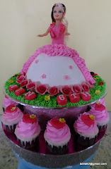 Set Barbie Tower Cake+Cuppies