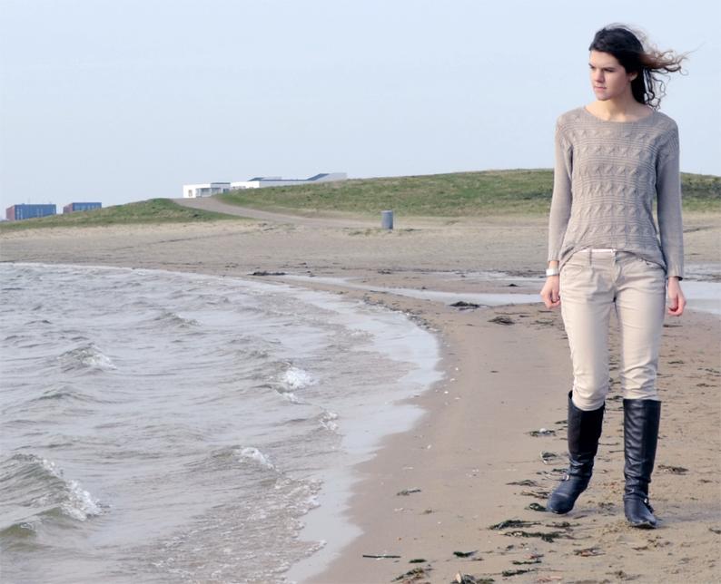 nita,sweater,cream,beige jeans,wavy hair, brown boots, lake beach,nitabiti