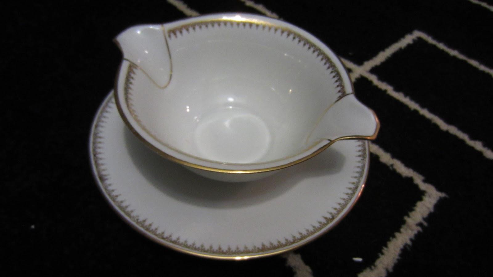 les caves de mon p re saucier porcelaine de sologne l 39 archev que. Black Bedroom Furniture Sets. Home Design Ideas